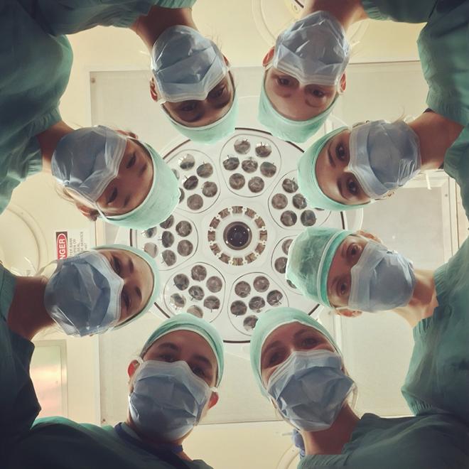 general surgery colon cancer surgeons